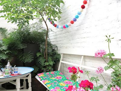 ByHaafner, pompons, bunting, pastels, neon pink, urban garden, container garden, teatime