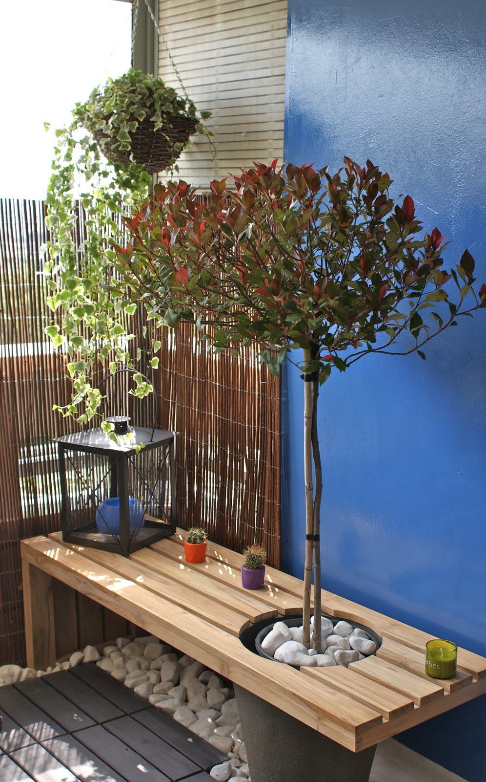 le chantier du mois cr er un salon de jardin sur une petite terrasse atelier chlorofil. Black Bedroom Furniture Sets. Home Design Ideas