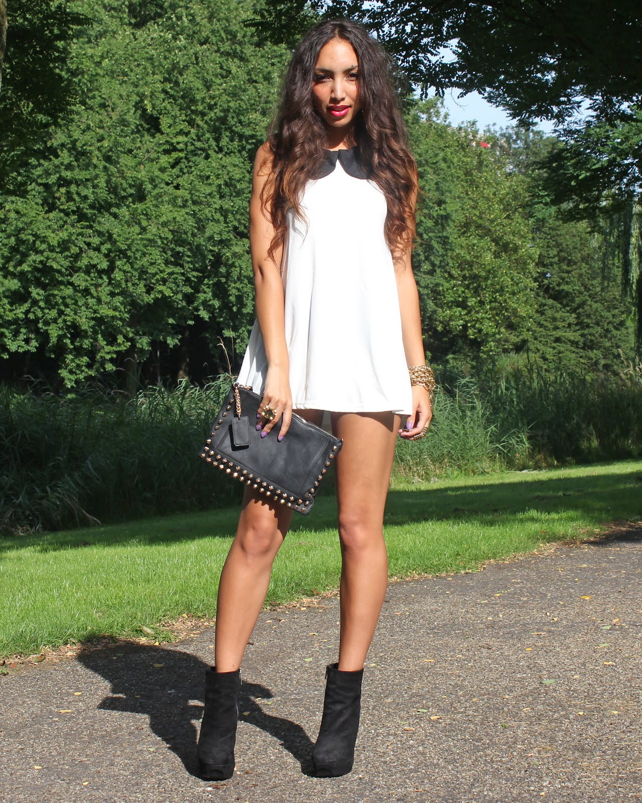 Short dress- long legs - FROM HATS TO HEELSFROM HATS TO HEELS