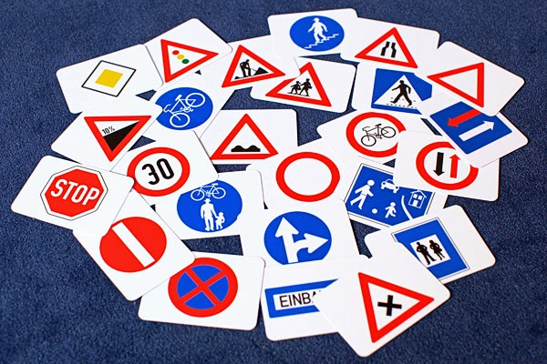 Verkehrsschilder  Englisch Übersetzung  Deutsch