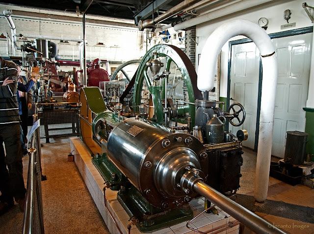 overzicht van het nederlands stoommachine museum