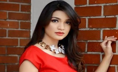 Actress Of The Week: Amyra Rosli