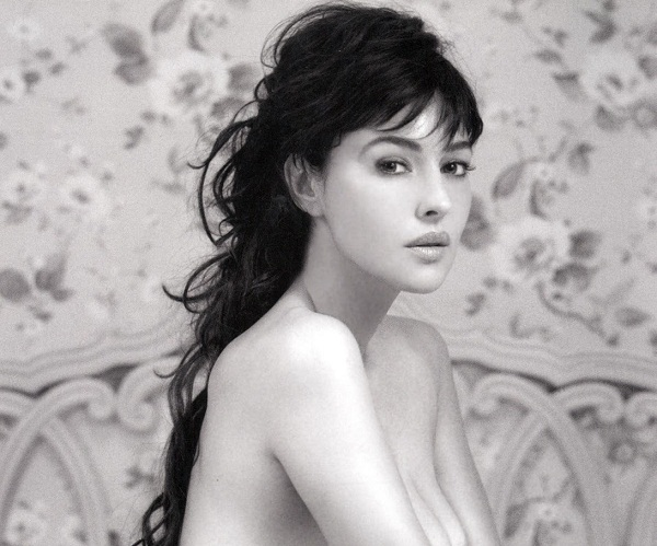Young Monica Bellucci Bold