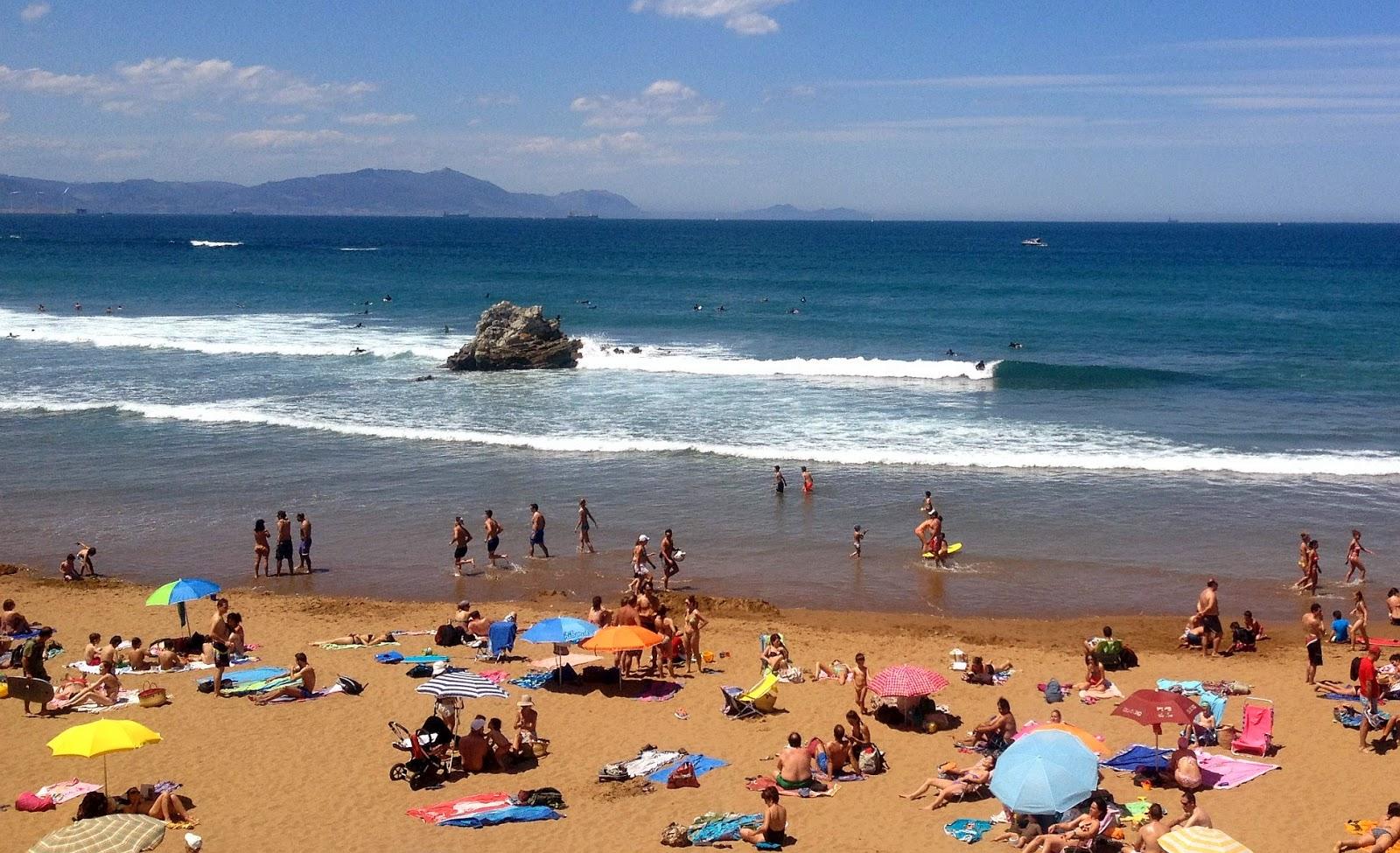 playa sopelana verano