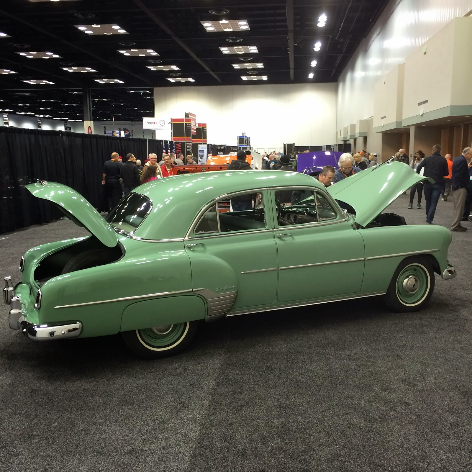Covering Classic Cars : Hot Rod & Restoration Trade Show in ...