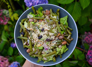 http://green-rows.blogspot.co.uk/2015/12/green-bean-salad.html