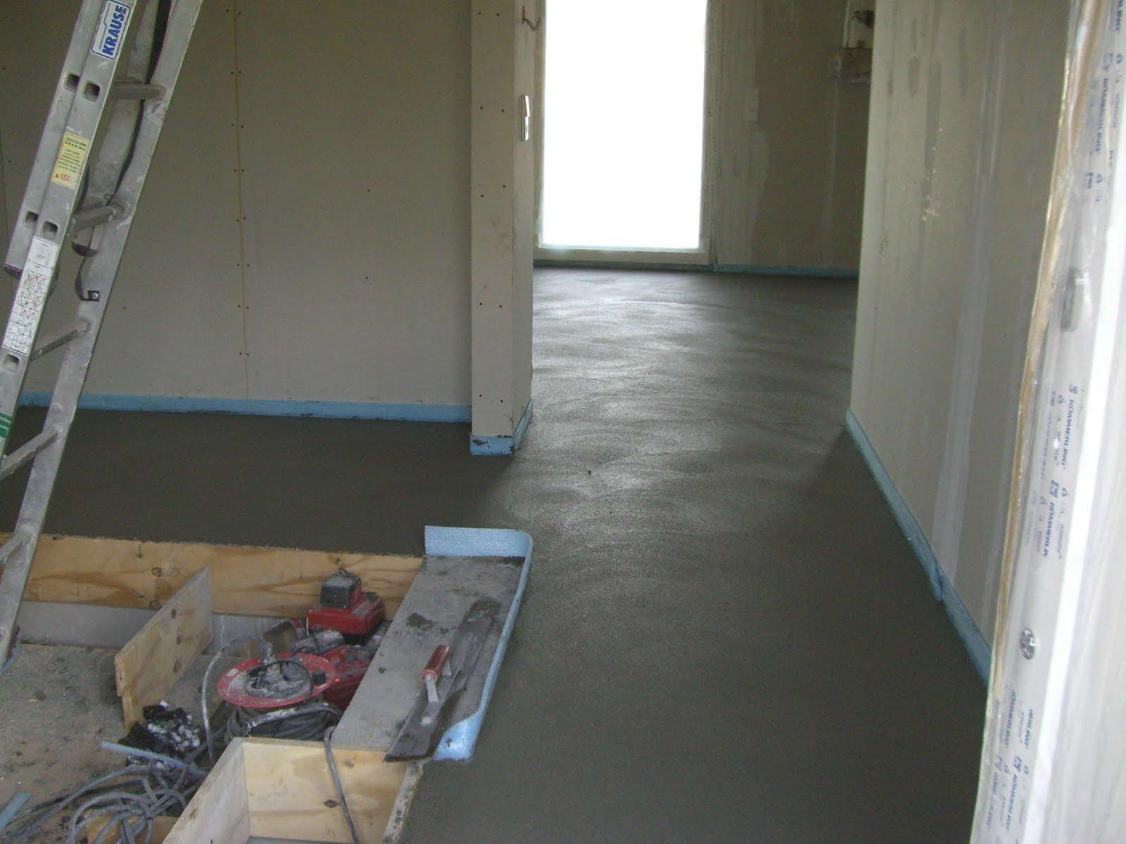 christian susi bauen ein haus mit danwood 2 wochen sind vorbei und heute ist schon der putz. Black Bedroom Furniture Sets. Home Design Ideas