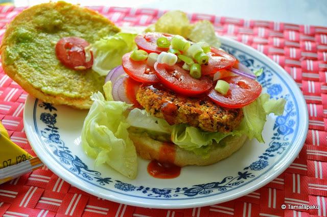 Quinoa - Chickpea Veggie Burger