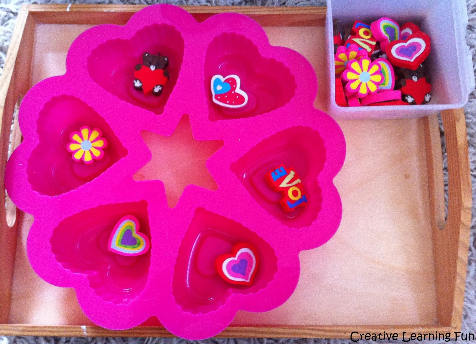 TEACCH Containers http://creativelearningfun.blogspot.com/2013/02/teacch-task-valentine-matching-for.html