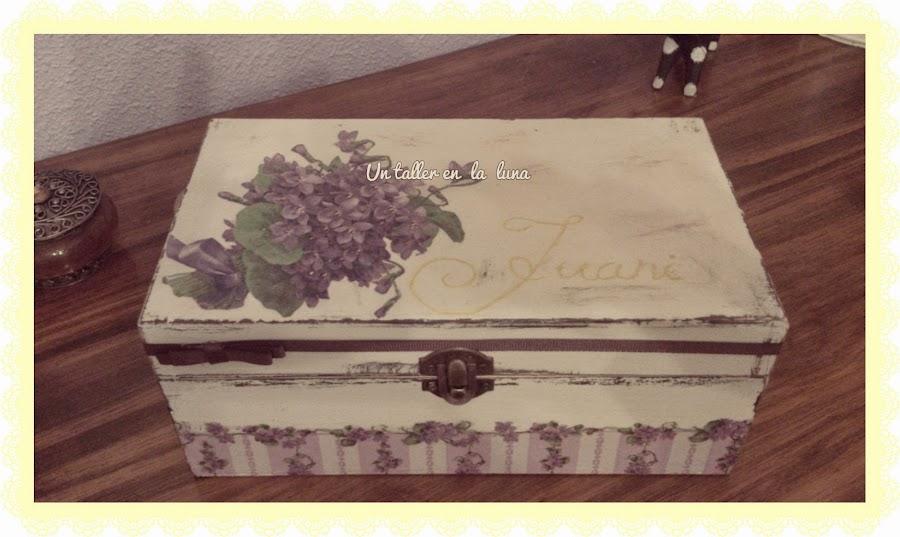 Decoupage vintage - Decorar cajas de madera con servilletas ...
