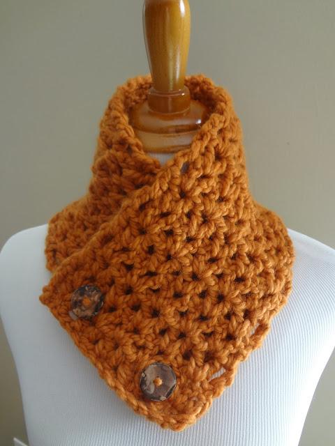 Free Crochet Neck Warmer Cowl Patterns : Fiber Flux: Free Crochet Pattern...Lemon Balm Button Cowl