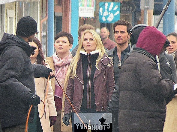 Once Upon a Time - Episode 4.12 - BTS Photos of Hook, Emma, Regina, Belle and Snow *Updated*