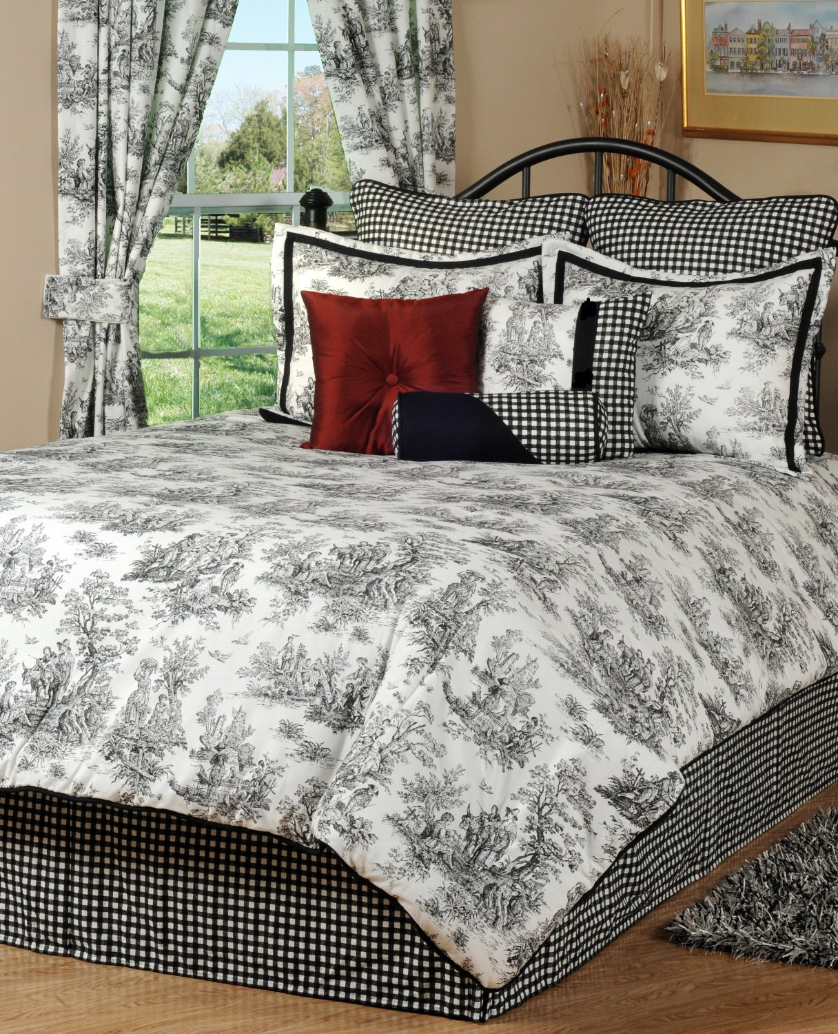 Black And White/Cream Toile & Damask Comforters And