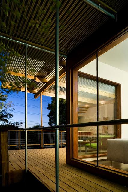 """wood metal home LEED House """"Like A Houseboat"""""""