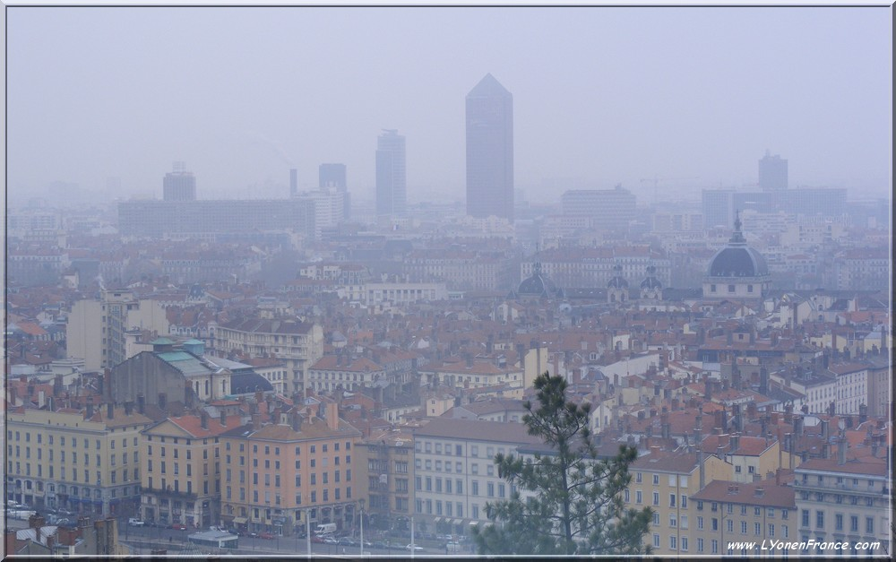 lyon+pollution