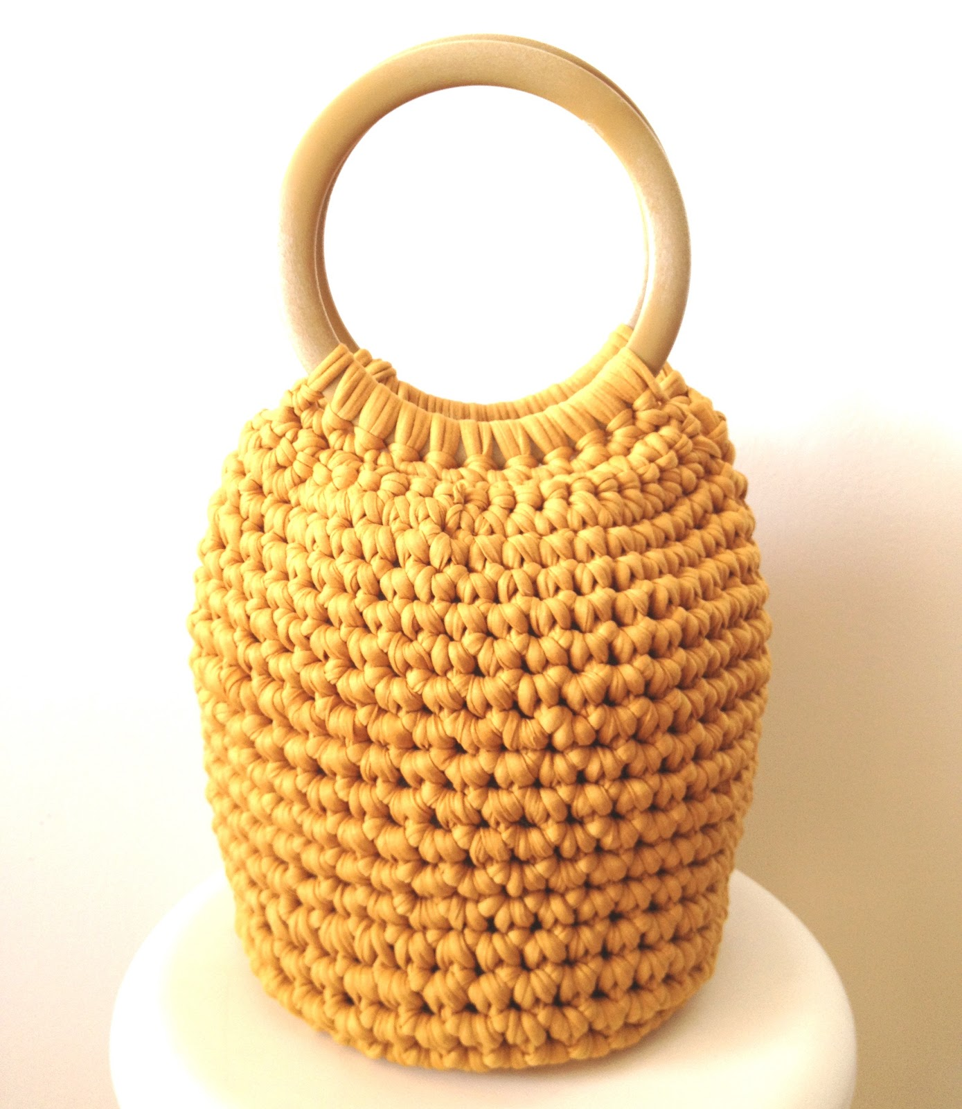 Bolsos de trapillo for Bolsos de crochet de trapillo