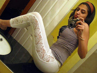 Indian-facebook-girl-selfshoot-picture-see-through-dress