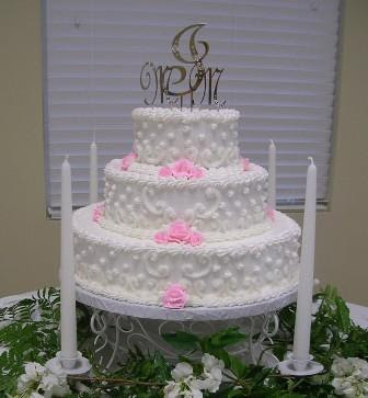 Cream Wedding Cakes