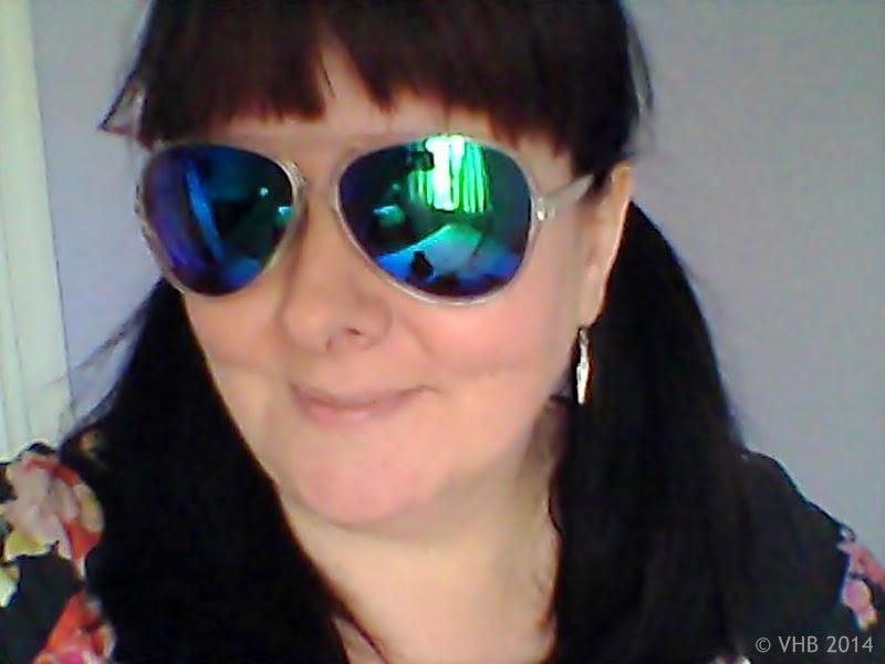 mirror sun glasses