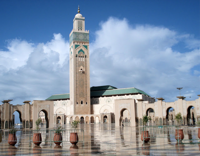 10 Masjid Terbesar di Dunia. gambar masjid, masjid unik. masjid termegah. masjid di dunia. masjid unik-bagus.