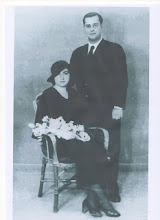 Enrique Díaz Ferreras y Aurora Fernández Fernández-Aguera el día de su enlace matrimonial 19-08-193