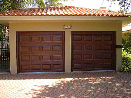 Garage door tutorial everything i create paint garage doors to look like wood - Making a steel door look like wood ...