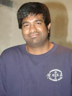 Yevadu movie Vennela Kishore