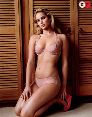 jennifer-lawrence-gq-pose-hot