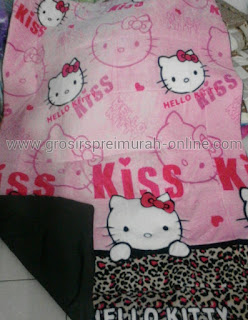 Karmut Motif Hello Kitty Leopard