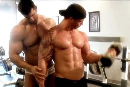 Cerita sex bodybuilders — 8