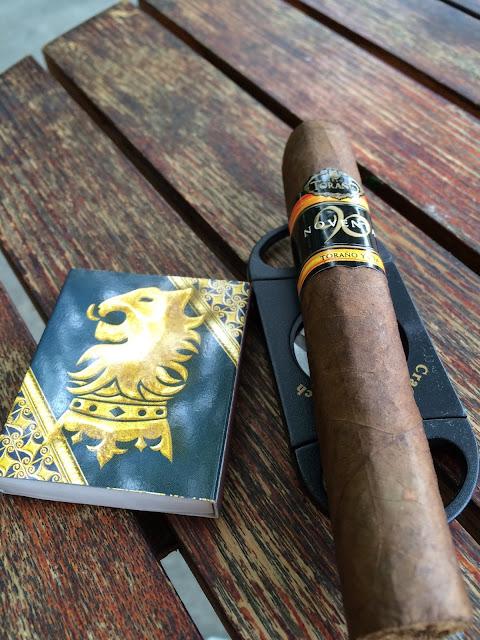 Carlos Torano Noventa cigar 2