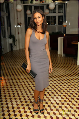 http://4.bp.blogspot.com/-noxmMazRJgA/Tk6Kz96O41I/AAAAAAAAAZ0/riAPMAugGmM/s400/thandie-newton-london-fashion-week-01.jpg
