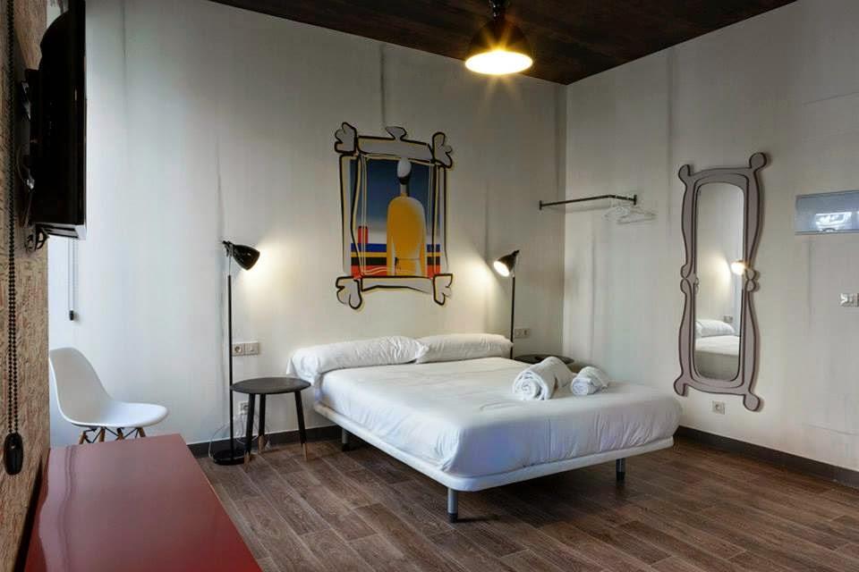 Room 007