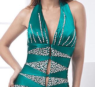 Sombre Vert Halter A-ligne de satin robe de bal Robe Maxi / Homecoming
