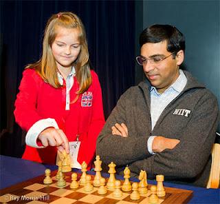 Echecs : Judit Polgar annule face à Boris Gelfand lors de la 2e journée du Chess Sixteen de Londres © Ray Morris-Hill