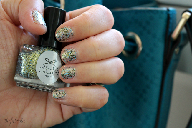 ciate, nail polish, tweed, review, swatch, green glitters, glitter mani how-to