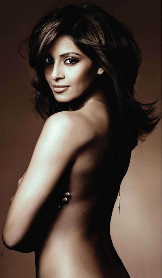 Bipasha Basu Hot Topless Nude Pictures In Hd Hot Celebrities All Over The World