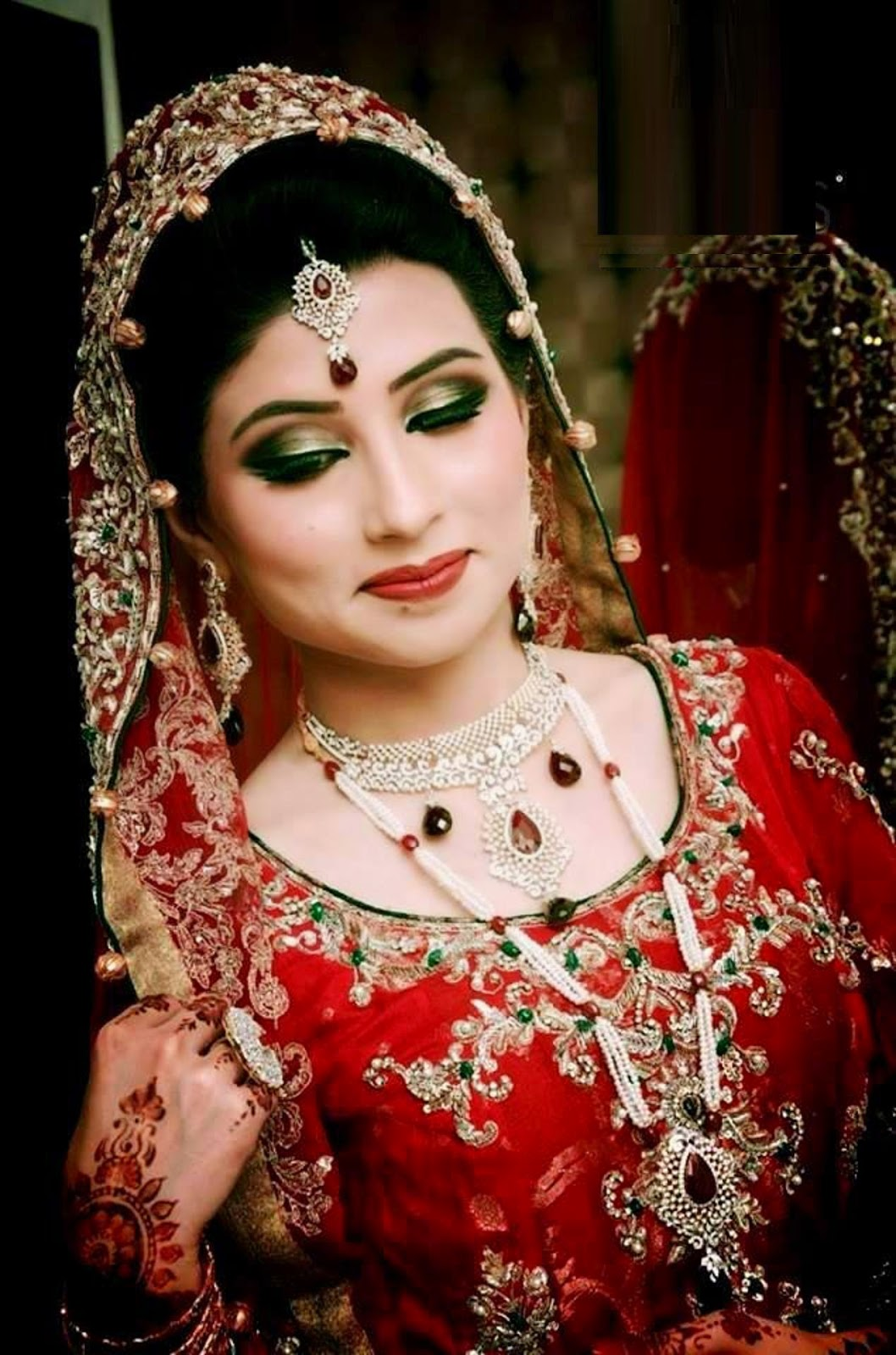 Full Bridal Makeup : Beautiful Doll Wedding Dress Images Hd Download All HD ...