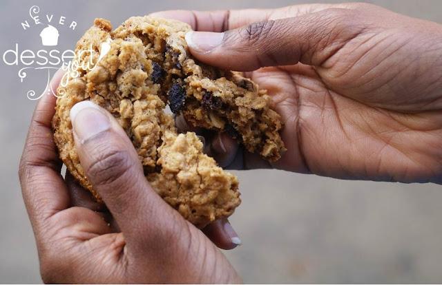 Never Dessert You Oatmeal Raisin Cookies