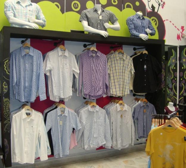 Exhibidores para tiendas lima peru ideas para exhibir - Ideas para ropa ...