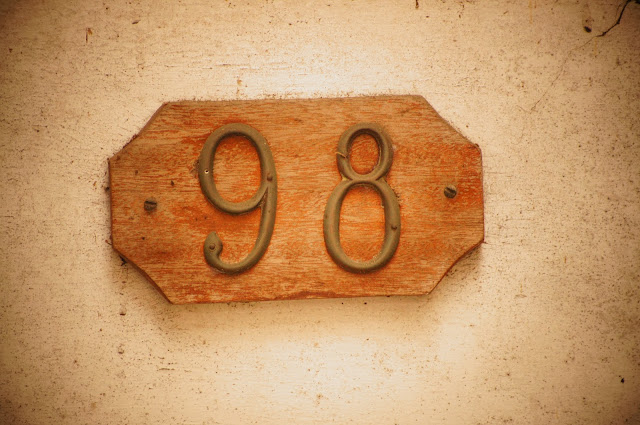 picture of house number 98