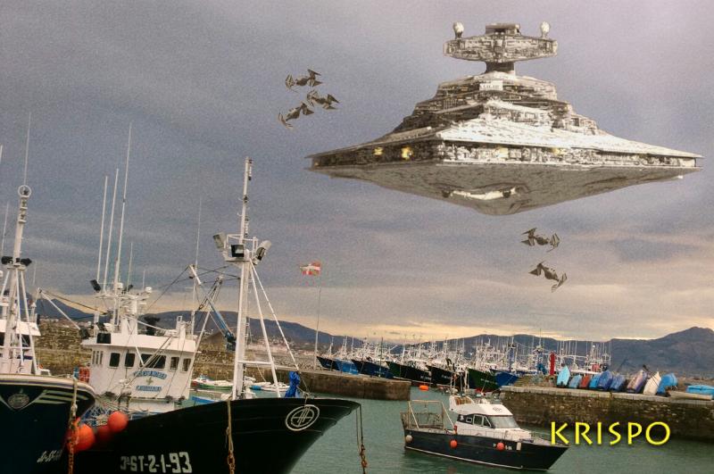 ataque de nave imperial de star wars en el puerto de hondarribia
