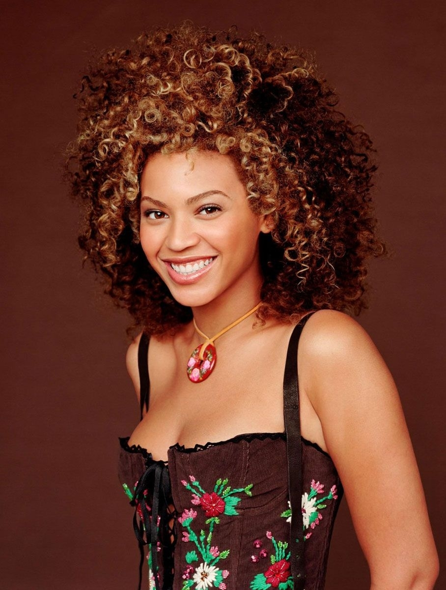 - Unique hairstyle of beyonce knowles