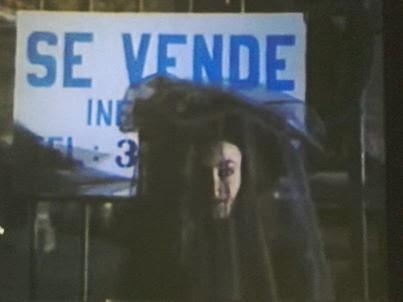 la misteriosa protagonista de la hora marcada, la dama de negro