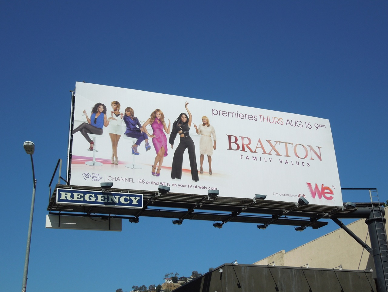 http://4.bp.blogspot.com/-nqT9G0E6Pew/UDe2gqRpyVI/AAAAAAAAxpQ/8BvG5eqKbjg/s1600/braxton+family+season3+billboard.jpg