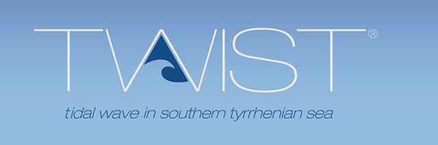 Twist - Tidal_Wave_In_Southern_Tyrrhenian_Sea_Salerno