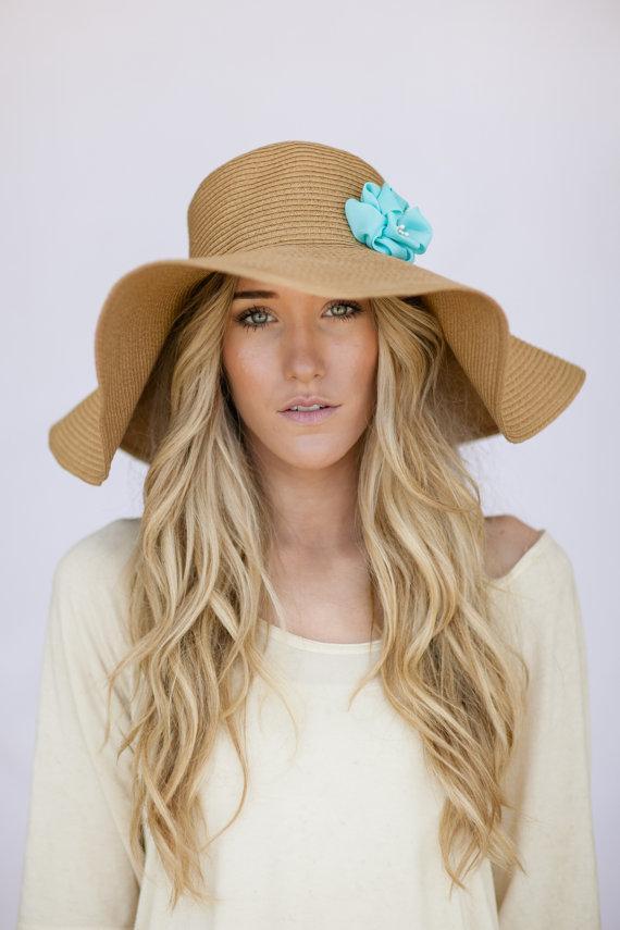 Yazlık Bayan Şapkaları