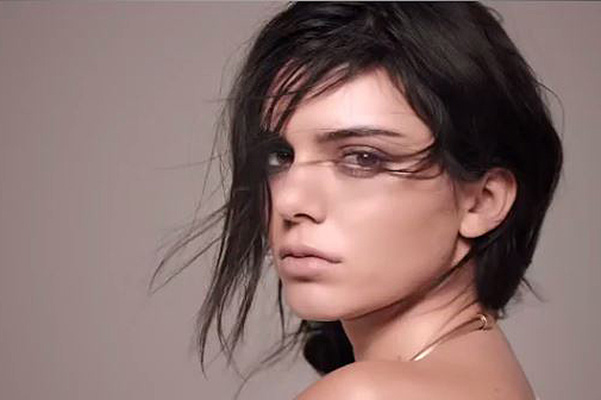 Kendall Jenner in advertising Mango: first video