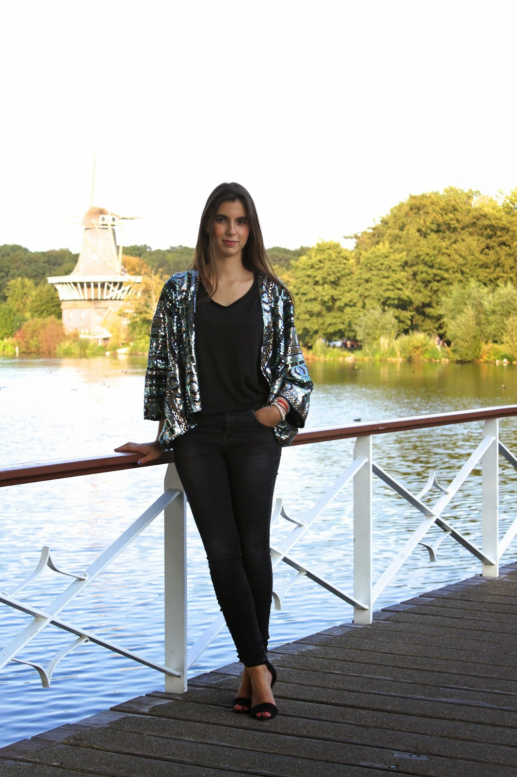 4d4abb5e3763 Arifashionthread - Luxembourg Fashion and Lifestyle Blog  Glitter kimono