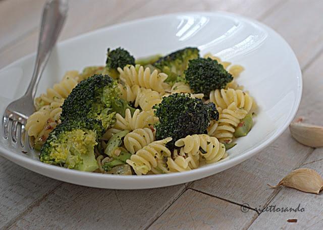 Pasta e broccoli ricetta base